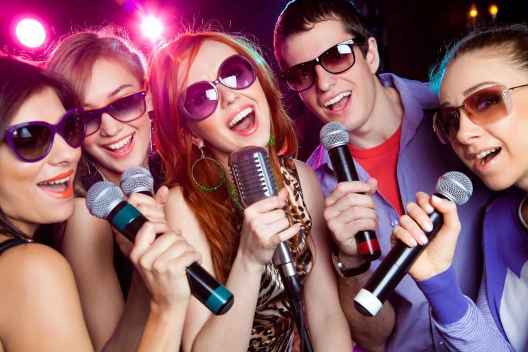 Negative Muzicale, karaoke, instrumental, backing track, playback